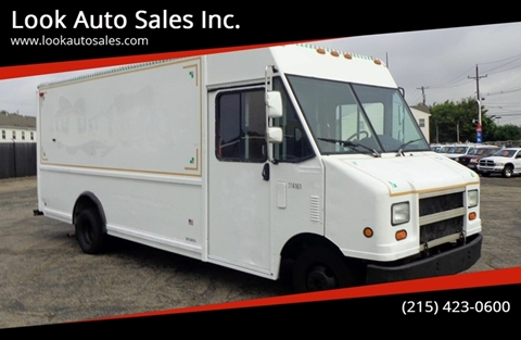 2001 Ford E-Series Chassis for sale in Philadelphia, PA