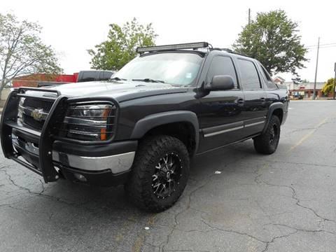 2004 Chevrolet Avalanche for sale in Acworth, GA