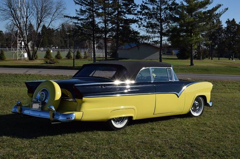 1955 Ford Sunliner  - Watertown MN