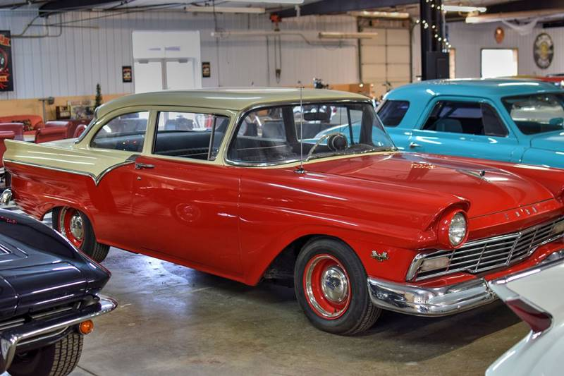 1957 Ford 300  - Watertown MN