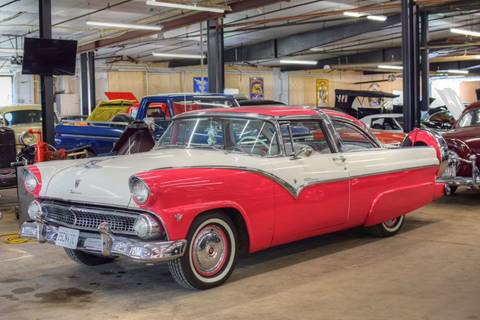Hooked On Classics – Car Dealer in Watertown, MN
