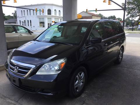 2007 Honda Odyssey for sale at ROBINSON AUTO BROKERS in Dallas NC