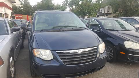 2007 Chrysler Town and Country for sale in West Hempstead, NY