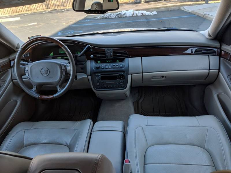 2005 cadillac deville sound system