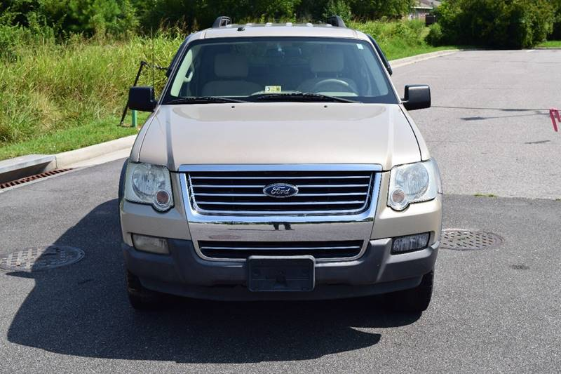 2006 Ford Explorer XLT 4dr SUV 4WD w/V6 - Virginia Beach VA