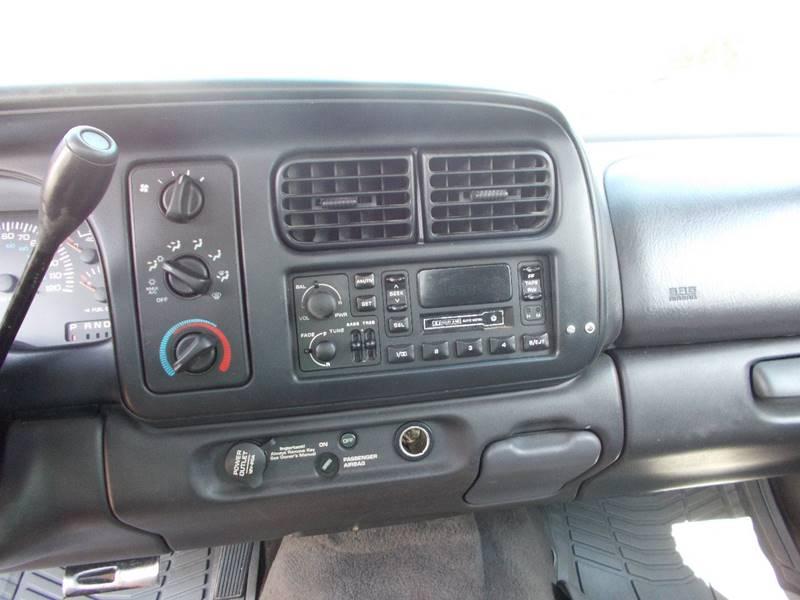 1999 Dodge Dakota 2dr SLT Standard Cab SB - Sedalia MO