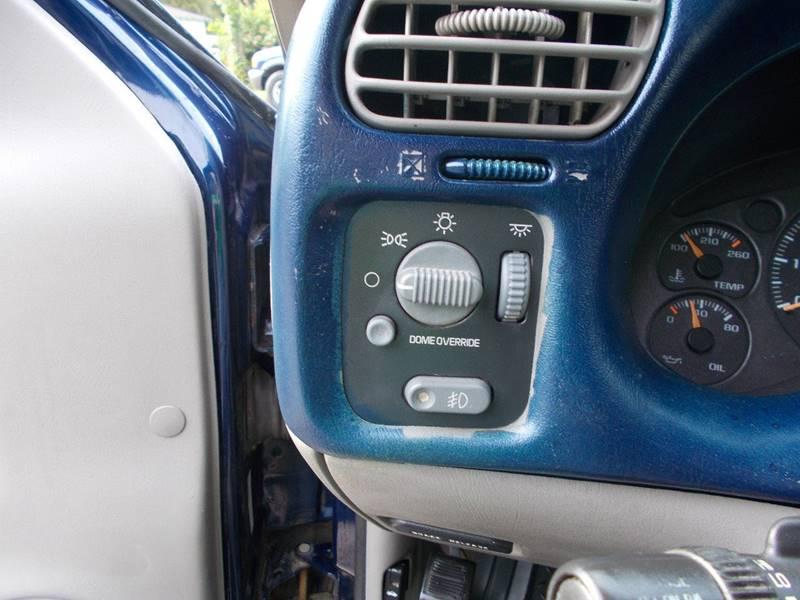 2003 Chevrolet S-10 2dr Standard Cab LS Xtreme Rwd SB - Sedalia MO