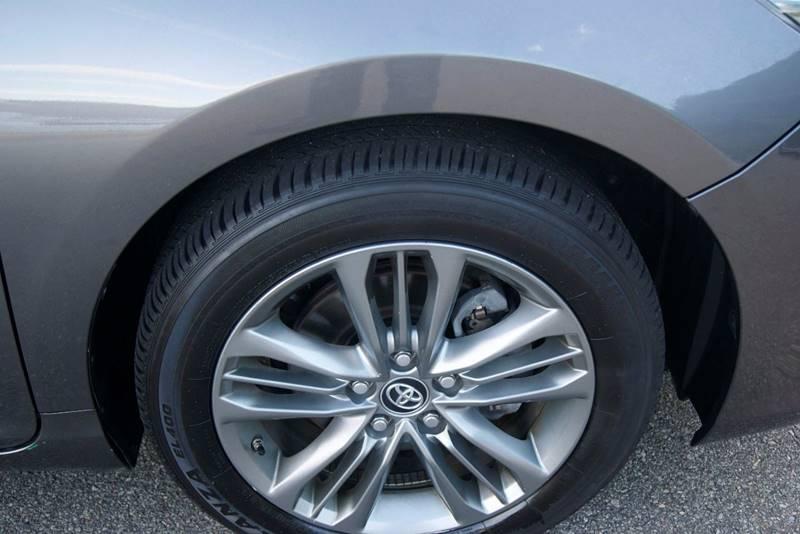 2017 Toyota Camry SE 4dr Sedan - Roswell GA