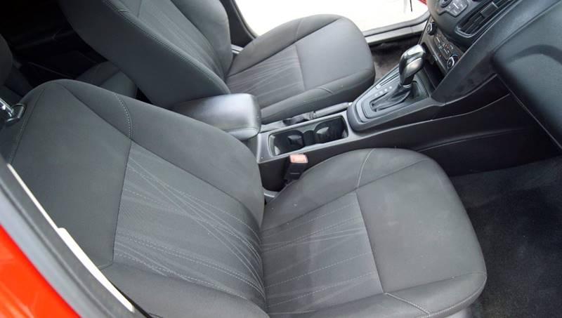 2016 Ford Focus SE 4dr Hatchback - Roswell GA