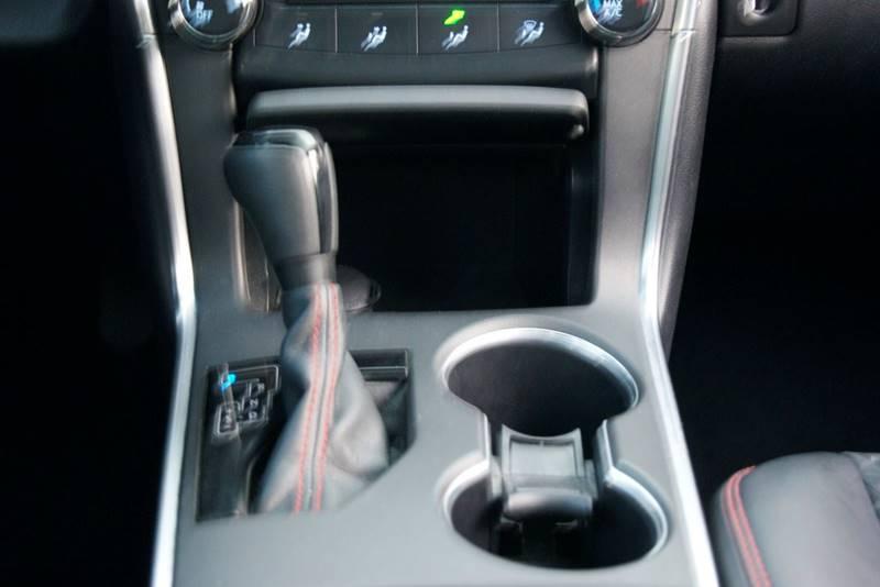 2016 Toyota Camry SE 4dr Sedan - Roswell GA