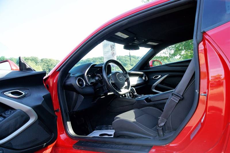 2016 Chevrolet Camaro LT 2dr Coupe w/1LT - Roswell GA