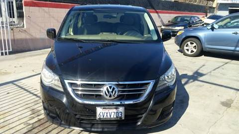 2009 Volkswagen Routan for sale at California Auto Trading in Bell CA