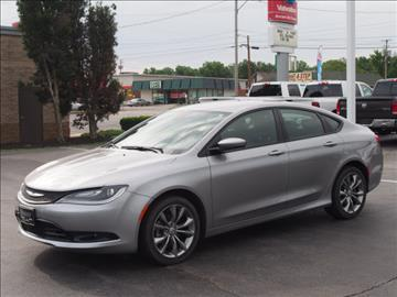 2015 Chrysler 200 for sale in Austintown, OH