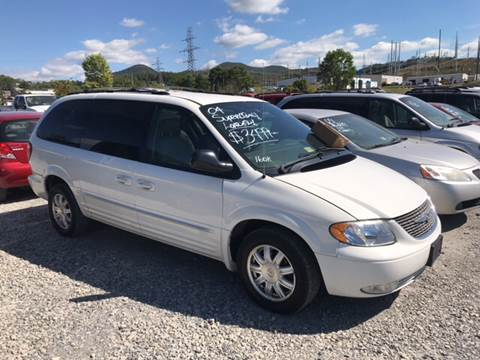 2004 Chrysler Town and Country for sale in Cloverdale, VA