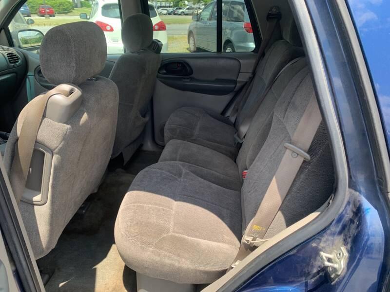 2004 Chevrolet TrailBlazer LS 4WD 4dr SUV - Cloverdale VA
