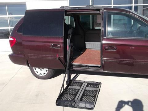 2004 Chrysler Town and Country for sale in Cresco, IA