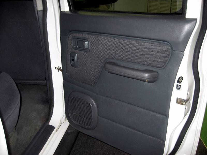 2004 Nissan Frontier 4dr Crew Cab XE-V6 4WD LB - Ormond Beach FL
