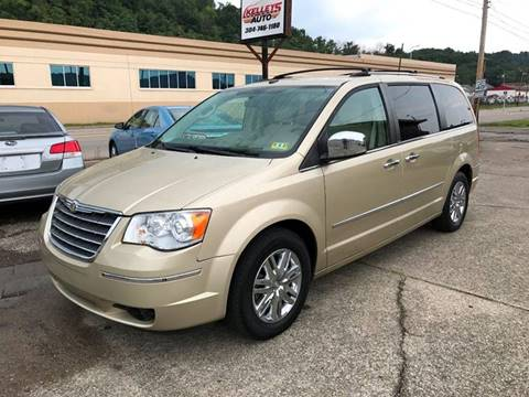 2010 Chrysler Town and Country for sale in Charlston WV