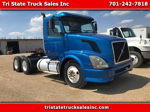 2006 Volvo VNL for sale in Hankinson, ND