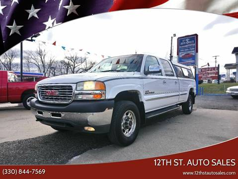 2002 GMC Sierra 2500HD SLT for sale at 12th St. Auto Sales in Canton OH