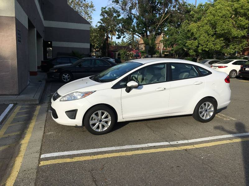 2013 Ford Fiesta SE 4dr Sedan - San Jose CA