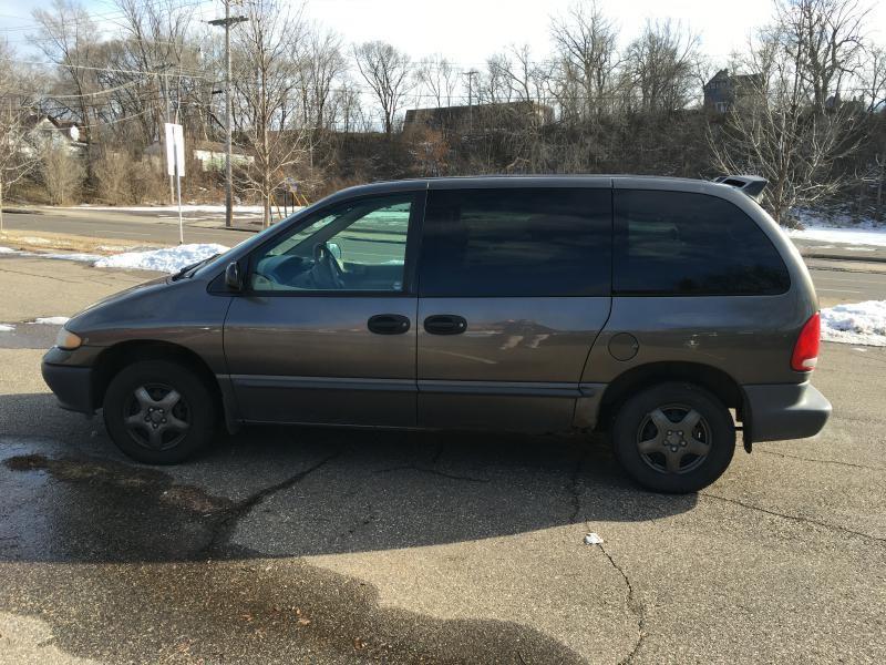 Dodge Caravan 1998 Base 3dr Mini Van