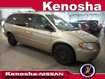 2005 Chrysler Town and Country for sale in Kenosha, WI