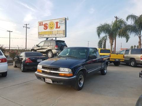 2001 Chevrolet S-10 for sale in Lamont, CA