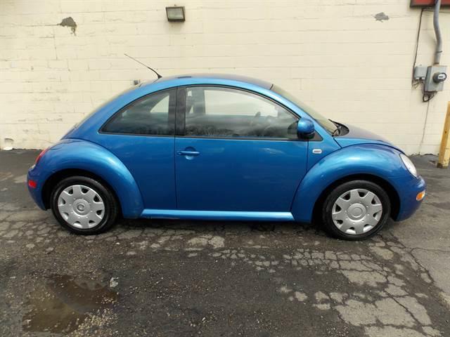 2000 Volkswagen New Beetle GL 2dr Hatchback - Newton NJ