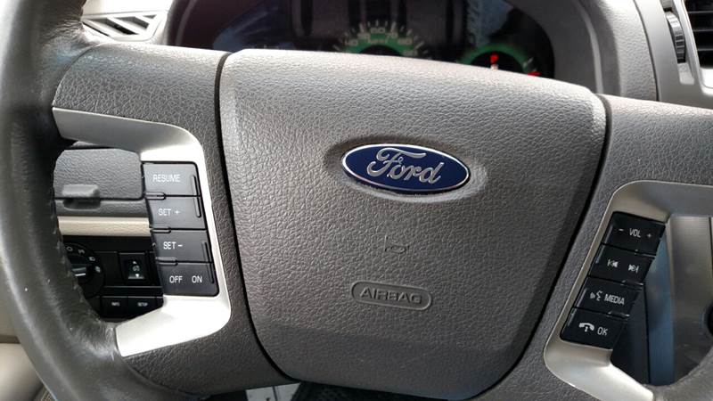 2010 Ford Fusion SEL 4dr Sedan - Hartland MI