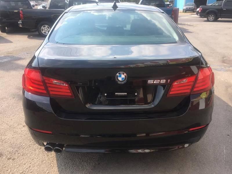 2011 BMW 5 Series 528i 4dr Sedan - Nashville TN