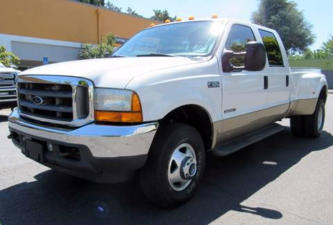 2001 Ford F-350 Super Duty for sale at Platinum Motors in Portland OR