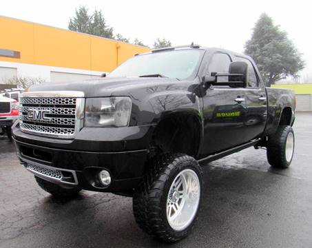 2011 GMC Sierra 2500HD for sale at Platinum Motors in Portland OR