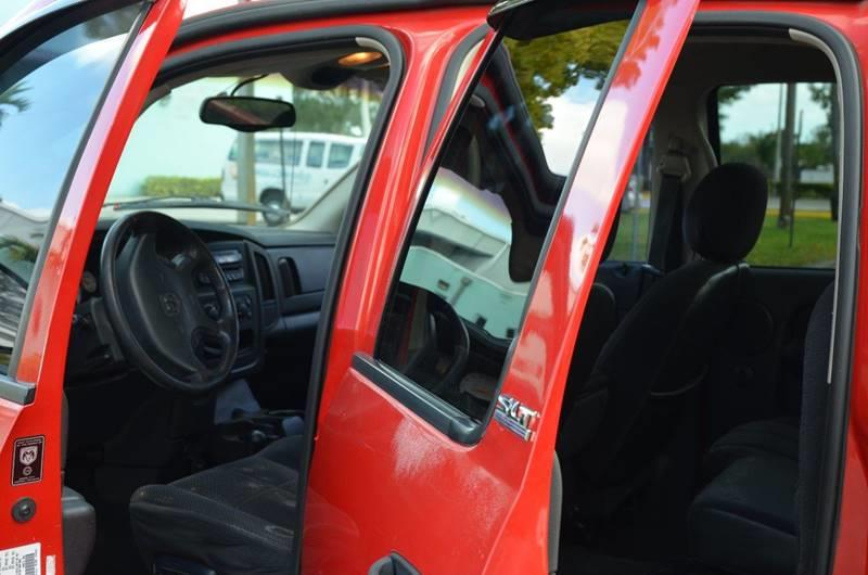 2002 Dodge Ram Pickup 1500 4dr Quad Cab SLT 4WD LB - Hollywood FL