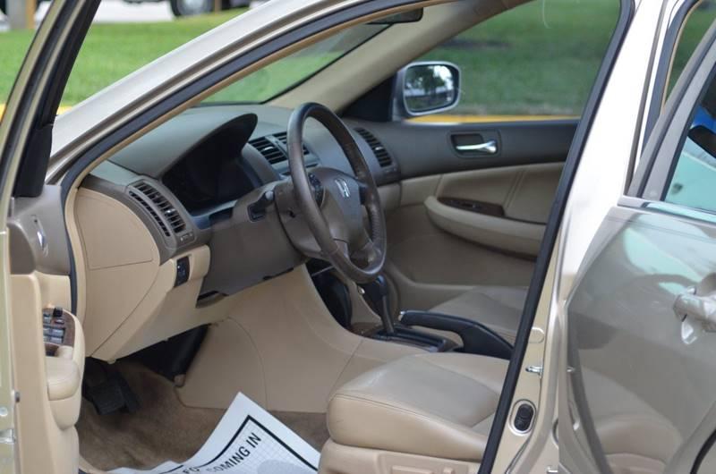 2006 Honda Accord EX V-6 4dr Sedan 5A - Hollywood FL