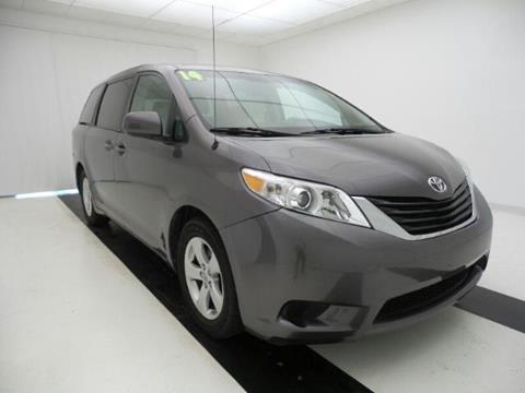 2014 Toyota Sienna for sale in Lawrence, KS