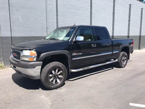 2002 GMC Sierra 2500HD for sale at APX Auto Brokers in Lynnwood WA