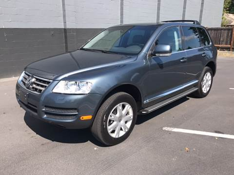 2006 Volkswagen Touareg for sale in Lynnwood, WA