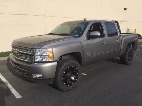 2013 Chevrolet Silverado 1500 for sale at APX Auto Brokers in Lynnwood WA