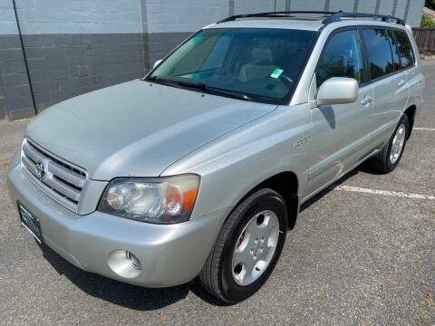 2004 Toyota Highlander for sale at APX Auto Brokers in Lynnwood WA