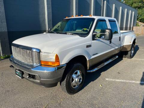 2001 Ford F-350 Super Duty for sale at APX Auto Brokers in Lynnwood WA