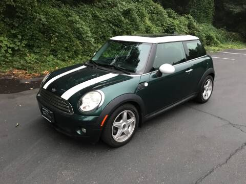 2009 MINI Cooper for sale at APX Auto Brokers in Lynnwood WA