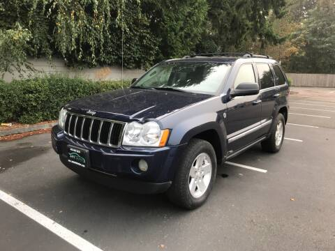 2006 Jeep Grand Cherokee for sale at APX Auto Brokers in Lynnwood WA