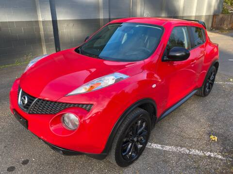 2014 Nissan JUKE for sale at APX Auto Brokers in Lynnwood WA