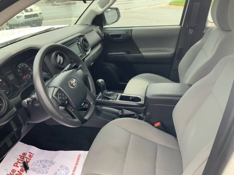 2017 Toyota Tacoma 4x4 SR 4dr Access Cab 6.1 ft LB 6A - Traverse City MI