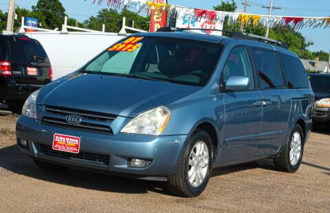 2007 Kia Sedona for sale at SOLOMA AUTO SALES in Grand Island NE