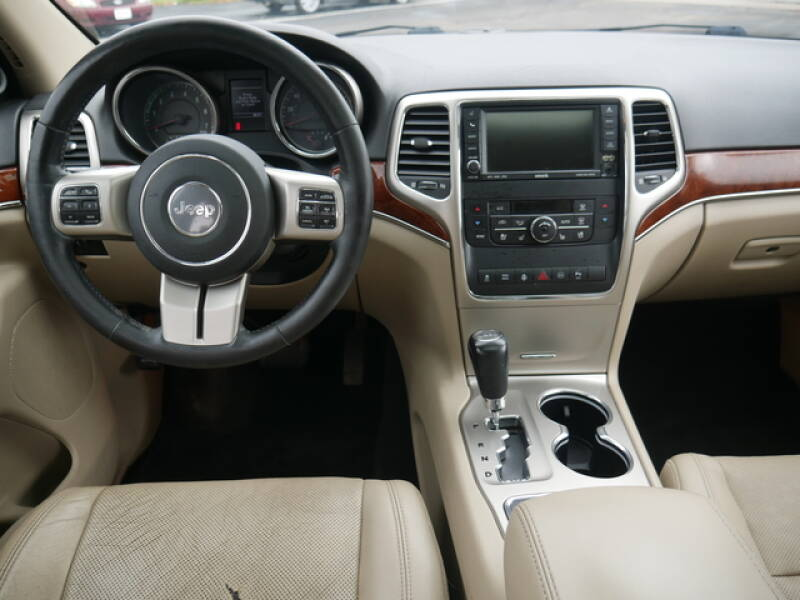 2011 Jeep Grand Cherokee 4x4 Limited 4dr SUV - Menomonie WI