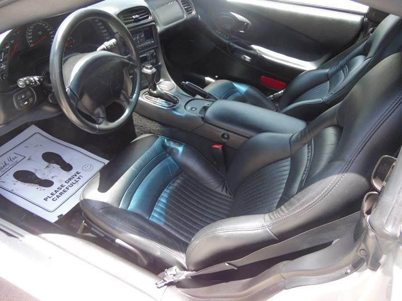 2004 Chevrolet Corvette 2dr Convertible - Paoli IN