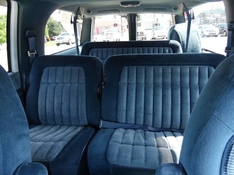 1994 Chevrolet Suburban 4dr K1500 4WD SUV - Paoli IN