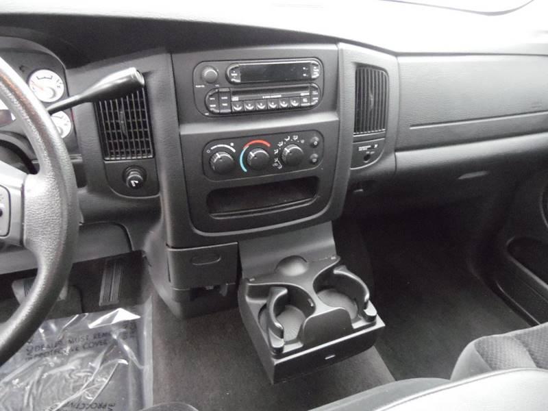 2005 Dodge Ram Pickup 1500 2dr Regular Cab SLT Rwd SB - Paoli IN
